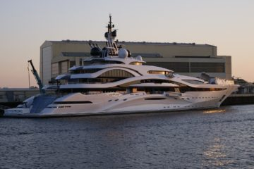 yacht à Marseille